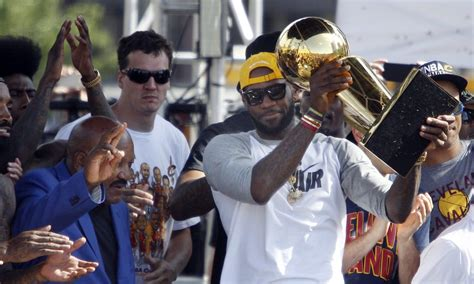 lebron james brought  larry obrien trophy  dinner