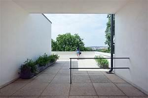 Villa Mies Van Der Rohe : modern roof terrace villa tugendhat by ludwig mies van der rohe up interiors ~ Markanthonyermac.com Haus und Dekorationen