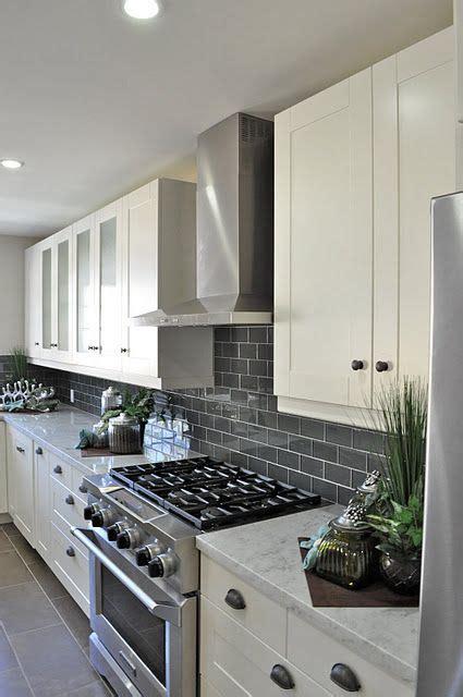 kitchen backsplash ideas for gray cabinets gray subway tile backsplash for the kitchen white