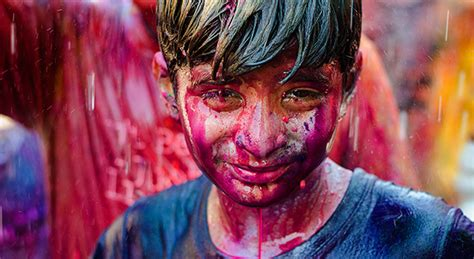 holi colours   hues  behance