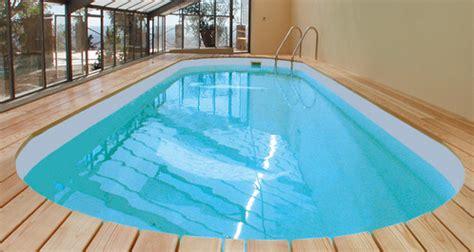 construire une piscine interieure piscine int 233 rieure infos chauffage et prix ooreka