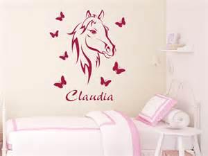 schöne sprüche und zitate wandtattoo bezauberndes pferd mit name wandtattoo pferd schmetterlinge kinderzimmer wandtattoos
