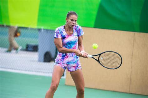 Polka minimalnie gorsza w dwóch setach zapis relacji. Australian Open: Magda Linette - Naomi Osaka NA ŻYWO: O ...