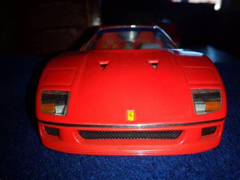 Diecast model ferrari f40 sports car race and play 1:24 scale. Diecast model Ferrari F40 1/24 Franklin Mint