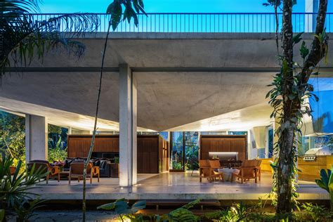 concrete home  brazil lets  owners practically