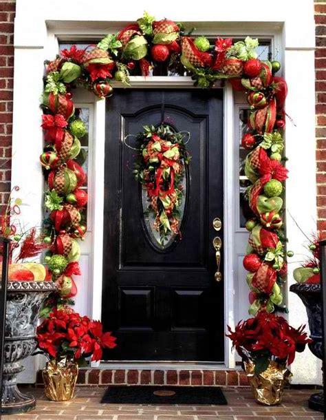 garland around front door 30 outdoor decorations decoholic 3736