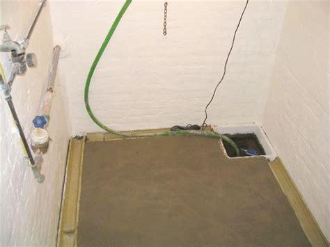 mur interieur humide que faire cave humide deux traitements possibles