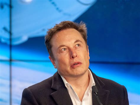 Elon Musk's Spacex Sues Us Air Force Over Rocket Contracts