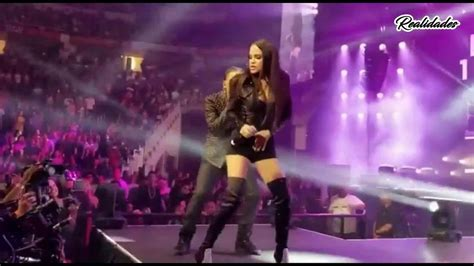 Natti Natasha Hace Un Baile Sexy A Ozuna En Vivo