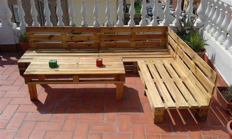 coussin pour canapé palette build pallet outdoor furniture set