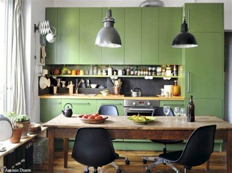 meuble cuisine vert cuisine verte pour un intérieur naturel et doux