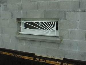 Barre De Defense Fenetre : grilles de d fense lyon 69 mions portail ~ Edinachiropracticcenter.com Idées de Décoration