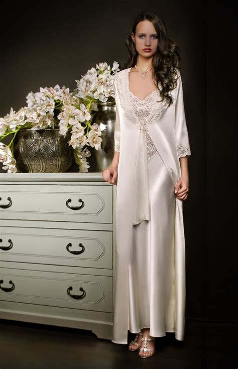 robe de chambre femme dentelle white satin and lace negligee and nightgown set
