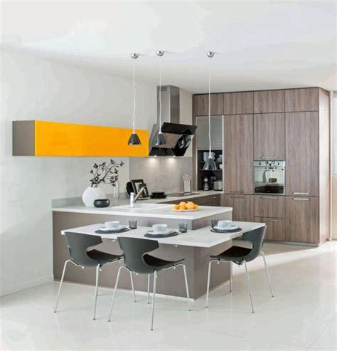 modele cuisine schmidt cuisine schmidt 12 cuisines en bois ouvertes sur le