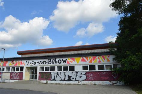 Vicco Bülow Gymnasium by Falkensee De Turnhalle Vicco B 252 Low Gymnasium