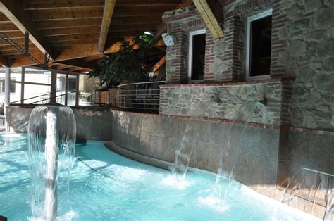 relax  unwind   naturally sulphurous bains de llo