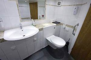 Luxury uk and european tourbus hire nightliner uk for Commodes bathroom tour