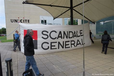 siege medef de diversion à caen les intermittents déménagent