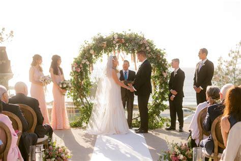 circle  semi circle arch wedding party rentals