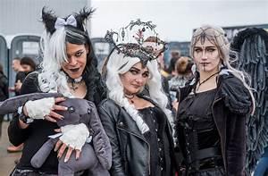 Gothic Szene Berlin : festival m era luna gothic szene feiert ihre stars panorama stuttgarter nachrichten ~ Markanthonyermac.com Haus und Dekorationen