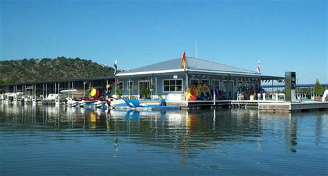 Lake Lbj Boat Rentals by Lake Lbj Yacht Club And Marina Horseshoe Bay Marina By