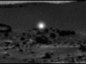 Mysterious Moving Light Caught On Mars - YouTube