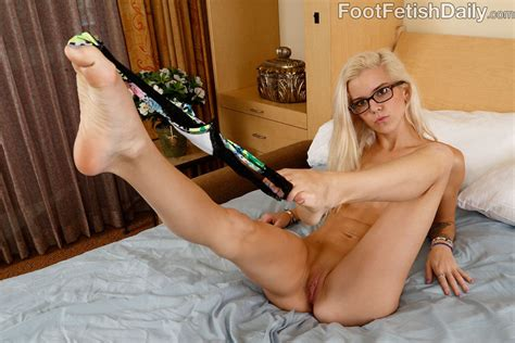 Cute Halle Von Strokes Cock With Feet And Has Sex 1 Of 2