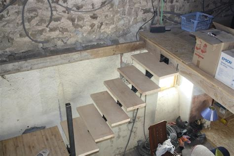 escalier avec la contre marche en bois photo de travaux en ardeche de k ro meuble en