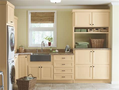 Martha Stewart Kitchen Collection by Corian 174 Ravine From The Martha Stewart Living Collection