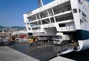 grandi navi veloci cabine commentaire du ferry majestic de grandi navi veloci et