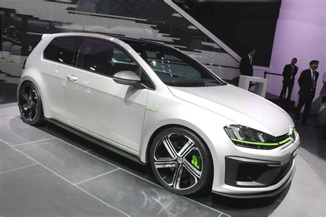 Golf R 400 Usa by Volkswagen Shows Its Golf R 400 Concept At The Auto Show