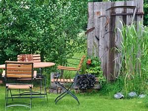 Sitzplatz Gestalten Garten : sichtschutz gestalten ideen f r einen sch nen sitzplatz im garten gartengestaltung ~ Markanthonyermac.com Haus und Dekorationen