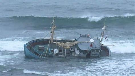 Rc Boats Vs Waves by Waves Destroys A Ship Funnydog Tv