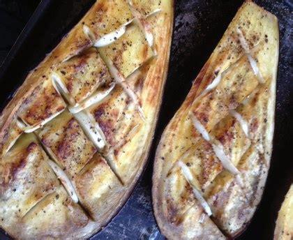 cuisiner des aubergines recette gratin aux aubergines et aux tomates au fromage facile