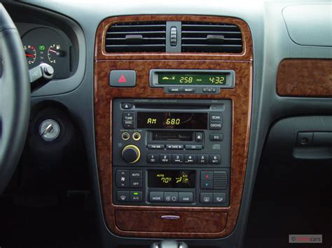 old car repair manuals 2005 hyundai xg350 instrument cluster image 2005 hyundai xg350 4 door sedan l instrument panel size 640 x 480 type gif posted on