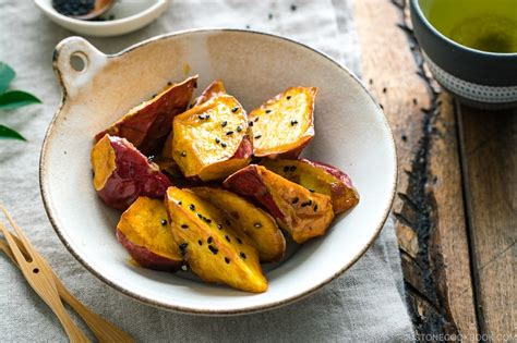 Candied Sweet Potatoes 大学芋 • Just One Cookbook