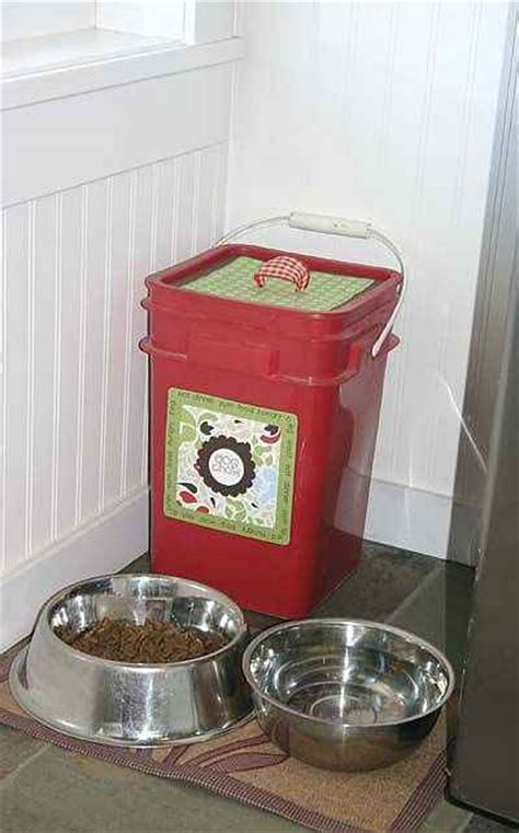 practical ways  repurpose kitty litter containers