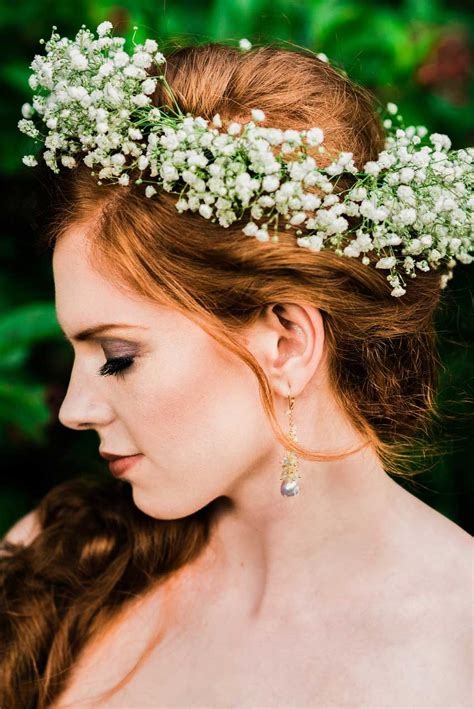 11 Eye Poppingly Beautiful Bridal Flower Crowns Articles