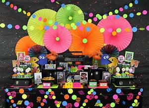 80s decorations - 28 images - 80s themed cupcake tower pac