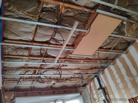 pose lambris pvc plafond sur rail pose placo plafond sur rail best faux plafond with pose placo plafond sur rail beautiful pose