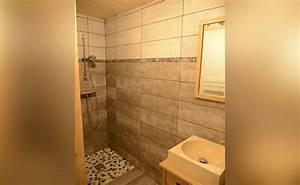 le sacavagne 1 appartement meuble de 8 personnes a With porte d entrée alu avec seche cheveux salle de bain