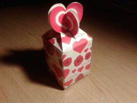 heart topped valentine gift boxes     box