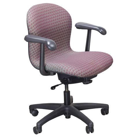 bureau knoll knoll used parachute task chair magenta and gray