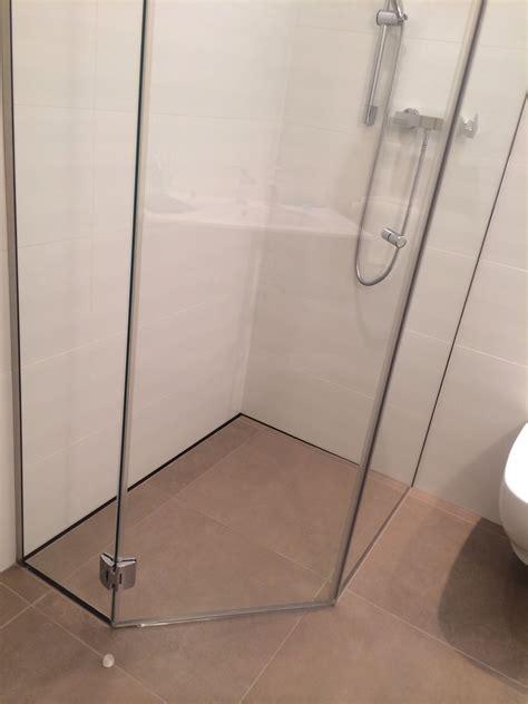 box doccia pentagonale box doccia battente su misura linea penta con ante in