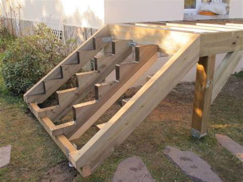 faire une re d escalier les 25 meilleures id 233 es de la cat 233 gorie escalier ext 233 rieur b 233 ton sur escalier en