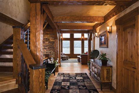Log Home Foyer Ideas