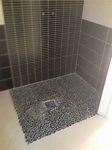 Carrelage De Douche : r alisation d 39 une douche italienne en galets saint ~ Edinachiropracticcenter.com Idées de Décoration