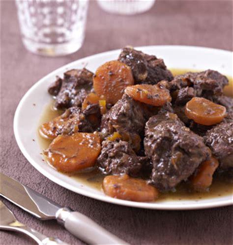 cuisiner le sanglier au four temps de cuisson rã ti de sanglier au four recettes