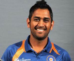 M. S. Dhoni Biography - Facts, Childhood, Family Life ...