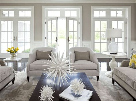 Use The Rule Of Three In Living Room Decor For Wow